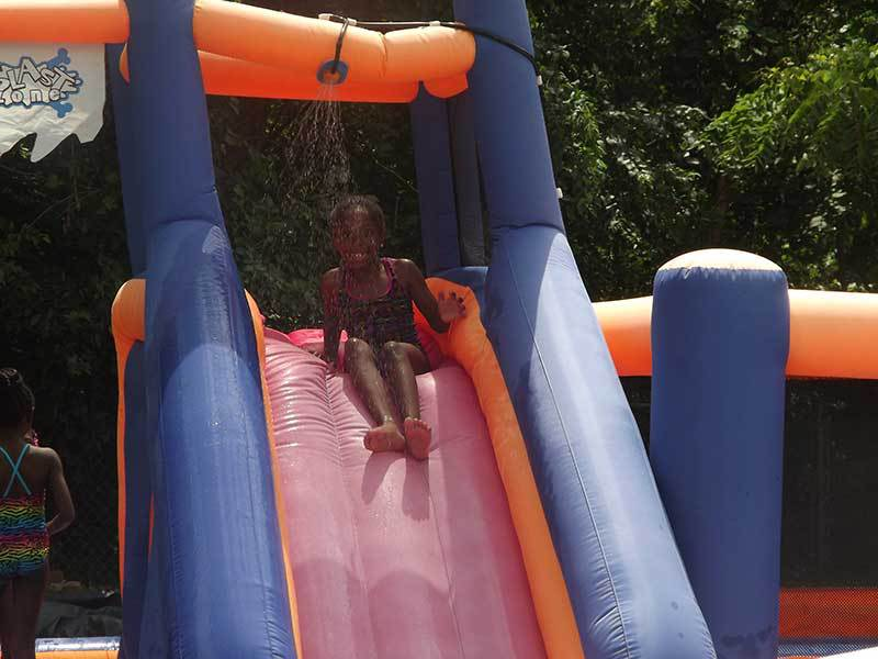 Summer_Camp_Swimming_2